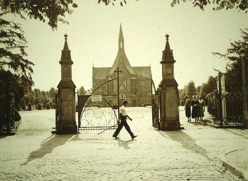 Rundgang über den Waller Friedhof
