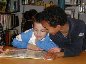 Lese-Nachmittag in der Bibliothek
