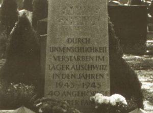 Grabstein der Familie Schmidt auf dem Waller Friedhof