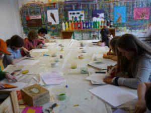 Kreatives Ferienprogramm für Kinder