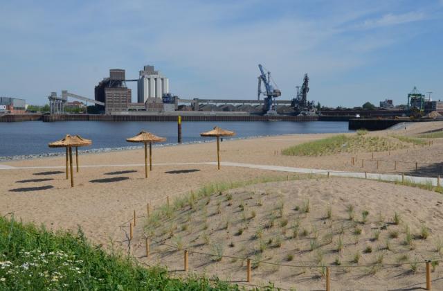Vom Wesertower zum 'Waller Sand' - Radtour durch die Überseestadt